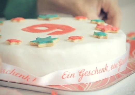 Geburtstagstorte_mit_Dekorfondant_14