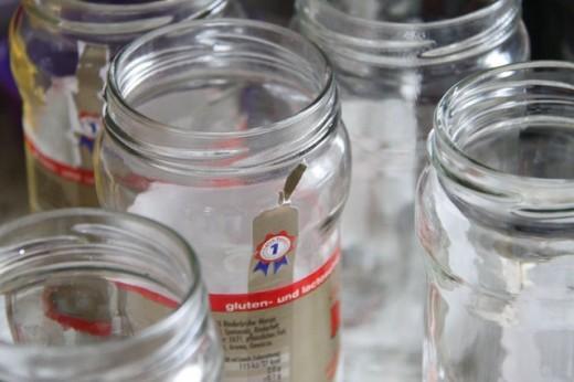 DAS superfruchtige Erdbeermarmelade Thermomix Rezept - und frei downloadbare Etiketten gibt es obendrauf. Gelingsicher, auch wenn ihr das erste Mal Konfitüre einkocht. Dauert nur 13 Minuten!! Und hier ist das Rezept: https://www.meinesvenja.de/wp/2012/05/30/superfruchtige-erdbeerkonfituere-in-sage-und-schreibe-nur-13-minuten/