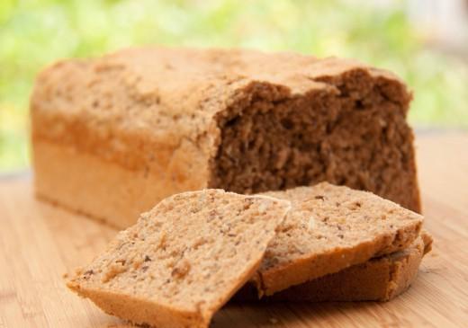 Das 3 Minuten Brot - schnell gemacht und lecker. Brot backen im Thermomix. Das ganze Rezept mit allen Tricks findet ihr auf https://www.meinesvenja.de/wp/2013/07/11/3-minuten-brot-funktioniert-spitze/