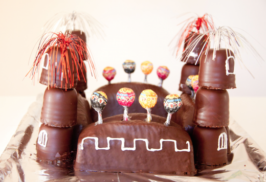 Ritterburg Kuchen - ganz ohne zu backen. Party planen für Faule.