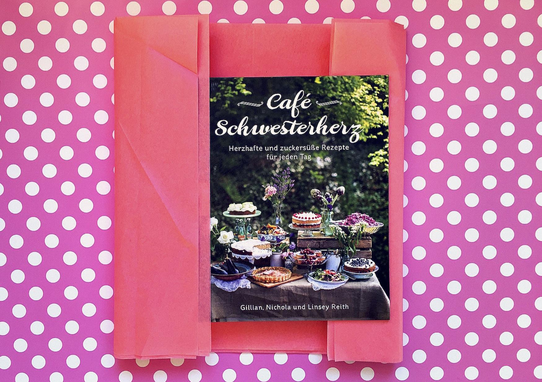 Rezepte für jeden Tag Buchcover Cafè Schwesterherz Knesebeck Verlag www.meinesvenja.de