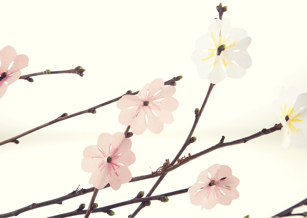 Osterdeko basteln Kirschblüten aus Papier www.meinesvenja.de