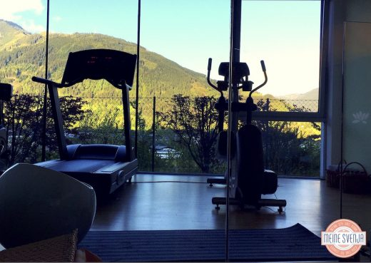 Zeller_See-Familotel-Amiamo-17-Fitness_Studio_Aussicht_Berge
