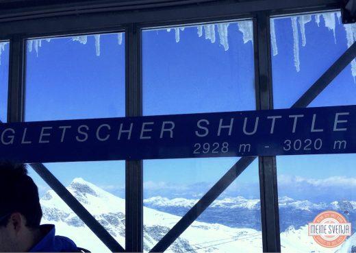 Familienurlaub Österreich Familotel Amiamo Gletschershuttle Aussicht Berge Eiszapfen www.meinesvenja.de